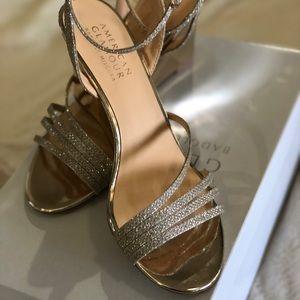 Gold metallic dress sandal size 7